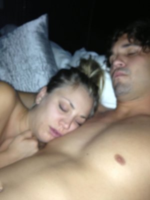 Fotos íntimas vazadas de Kaley Cuoco, a Penny de The Big Bang Theory