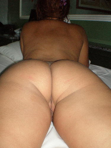 Suruba no motel marido levou esposa e a amiga pro Sexo Amador