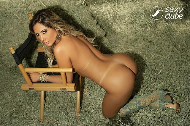 Aline Rodrigues nua na Revista Sexy Fevereiro Fotos Grátis