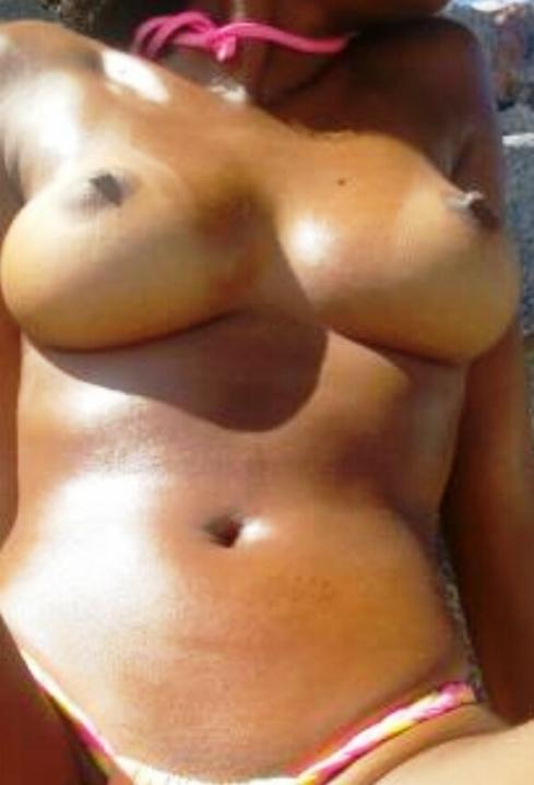 Mulata da Bahia caiu na net tirando nudes na praia fotos vazadas