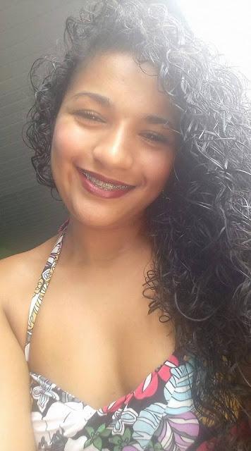 Gostosa de Recife caiu na net pelada mandando nudes da buceta