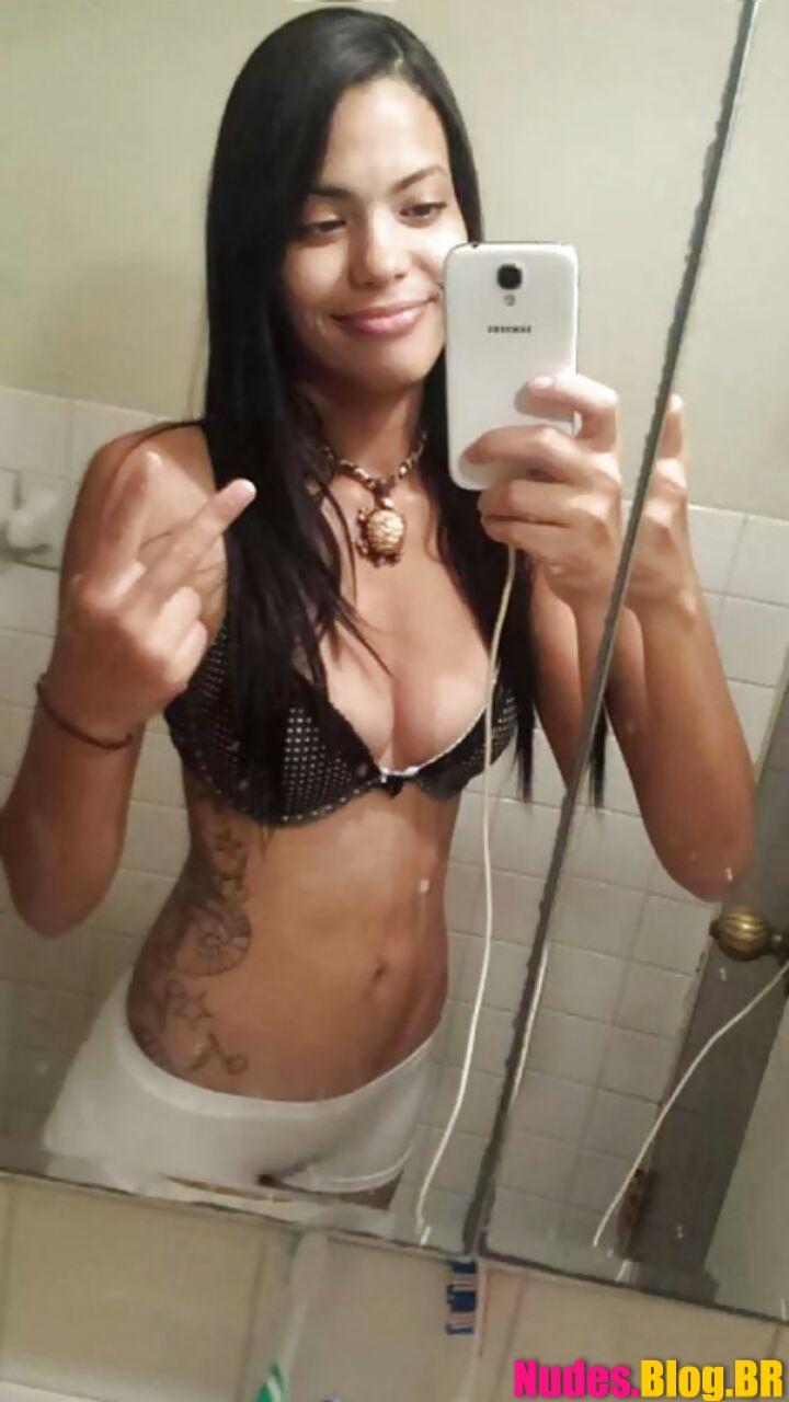 Roberta novinha de Campinas SP fotos amadoras da xoxota lisinha