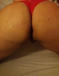 Madura tesuda se diverte no sexo